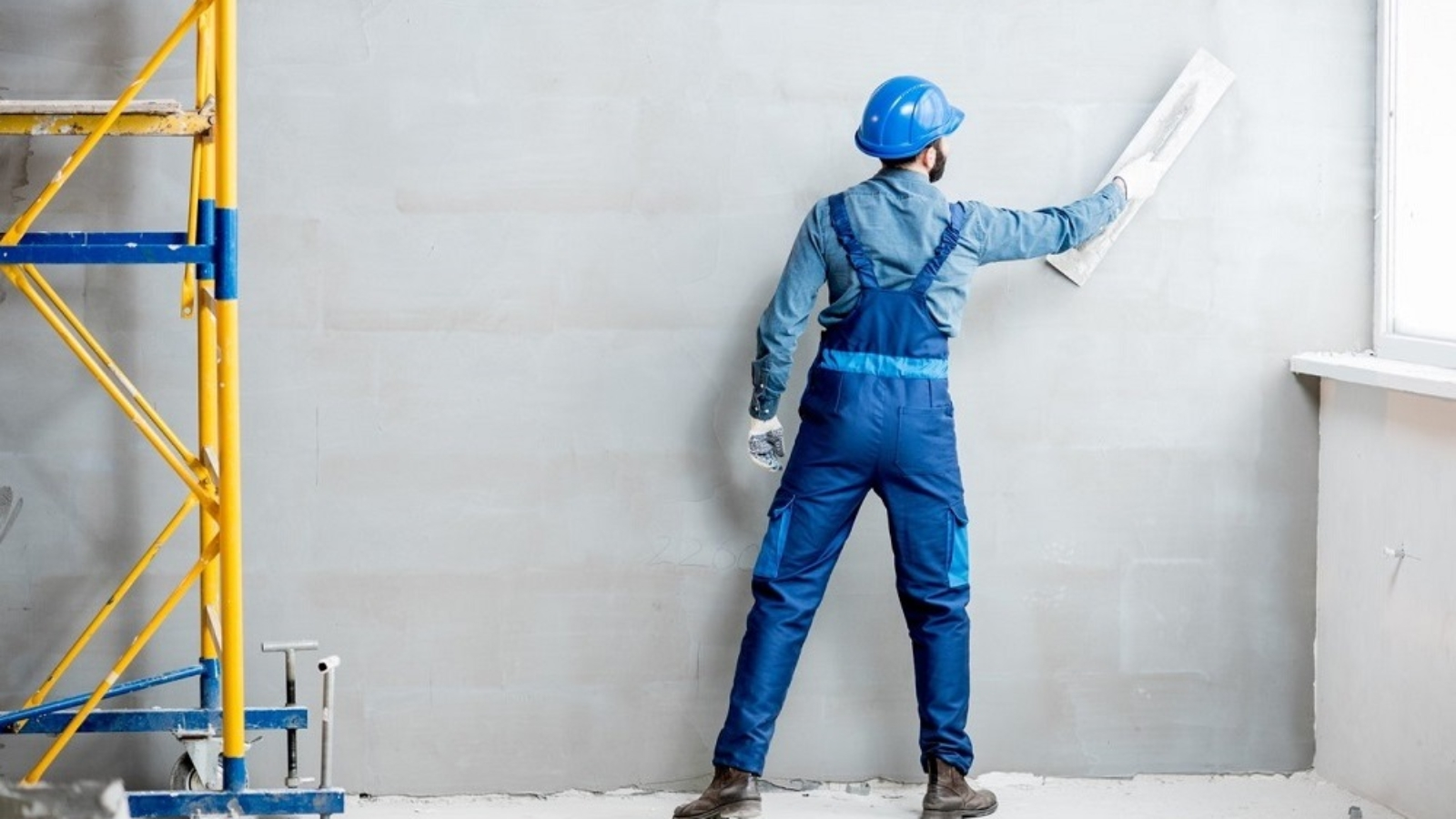 plastering-the-wall